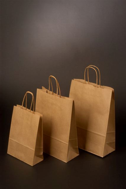 Papírové tašky o rozměru 320 x 130 x 425 mm, kr. pap. ucho, hnědý sulfátový papír,