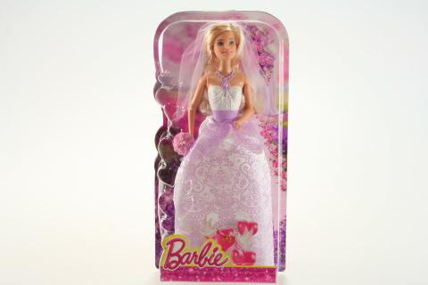 Barbie Nevěsta DHC35