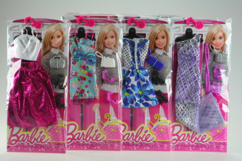Barbie Outfit s doplňky CFX92
