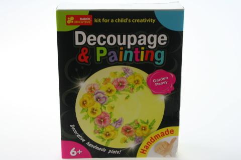 Dekupáž a malování - talířek - macešky