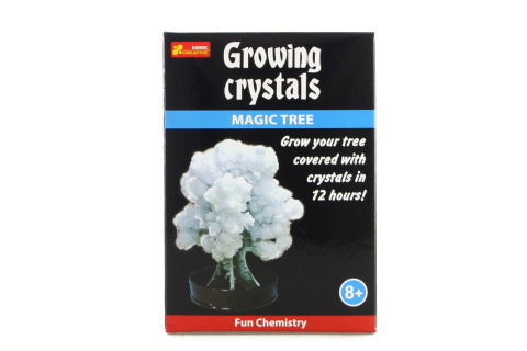 Rostoucí krystaly bílý strom