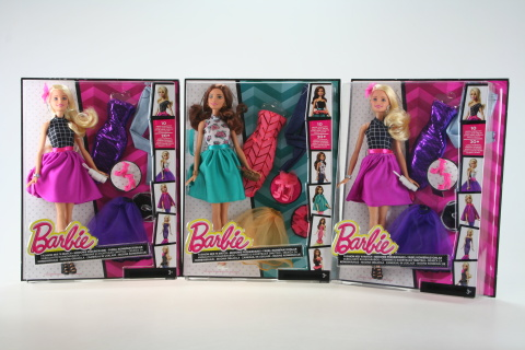 Barbie Modelka a šaty DJW57