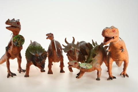 Dinosaurus 42-56cm 6/bal